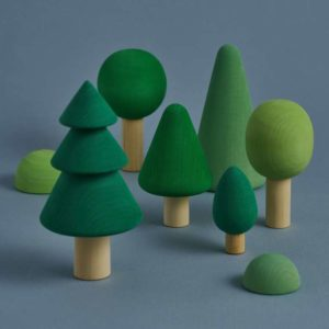 8 piece wooden tree set - small world play green