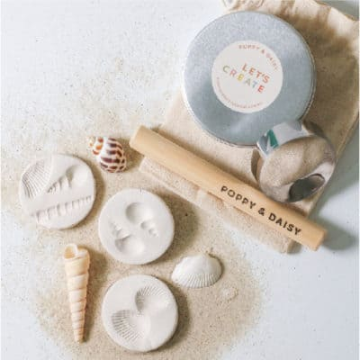 poppy and daisy Fossil Kit