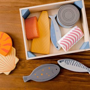 Wooden Fish Crate / Seafood / Home Corner / Play food