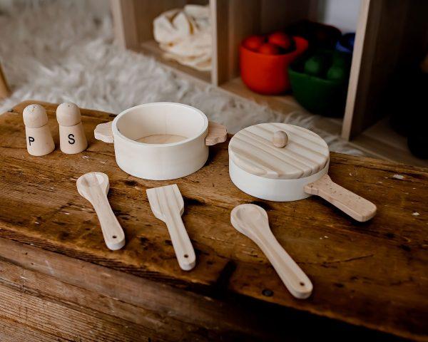 Egmont Wooden Pan