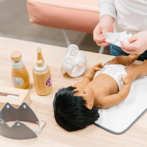 Iconic Toy Doll Nurturing Kit