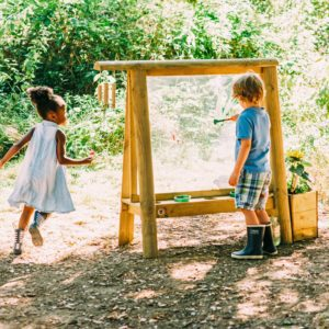Plum Play Discovery Easel